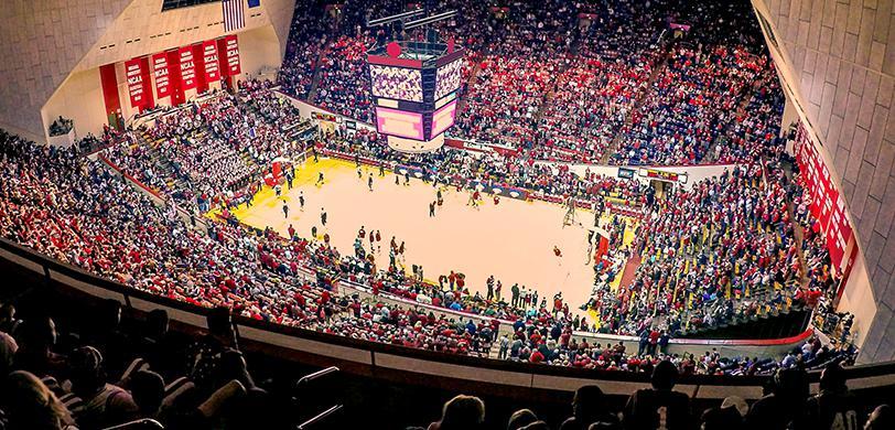 premium selection 64b2a c6563 Indiana Hoosiers Basketball Tickets   Vivid Seats